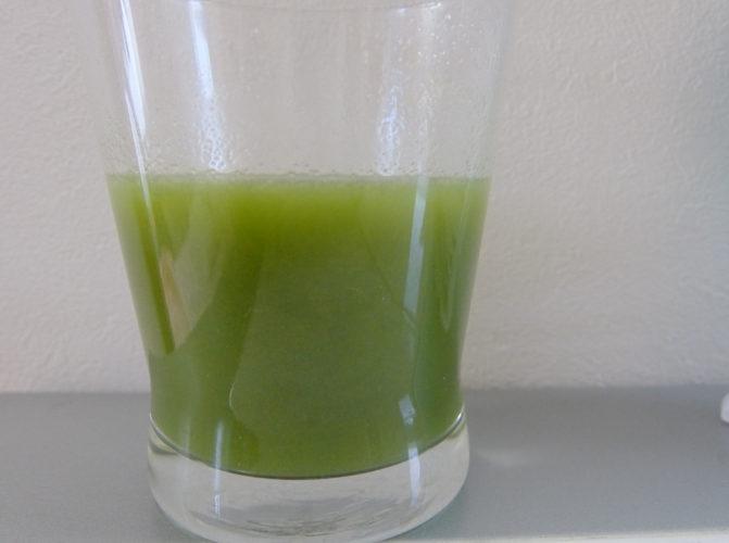島桑青汁の味