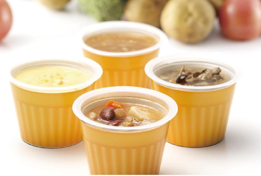断食後の回復食のカップ野菜スープ