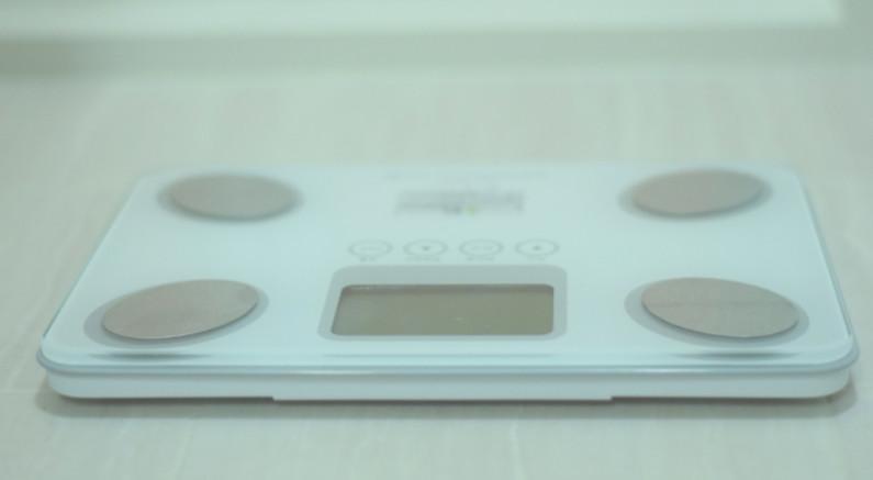 体重を記録する体重計