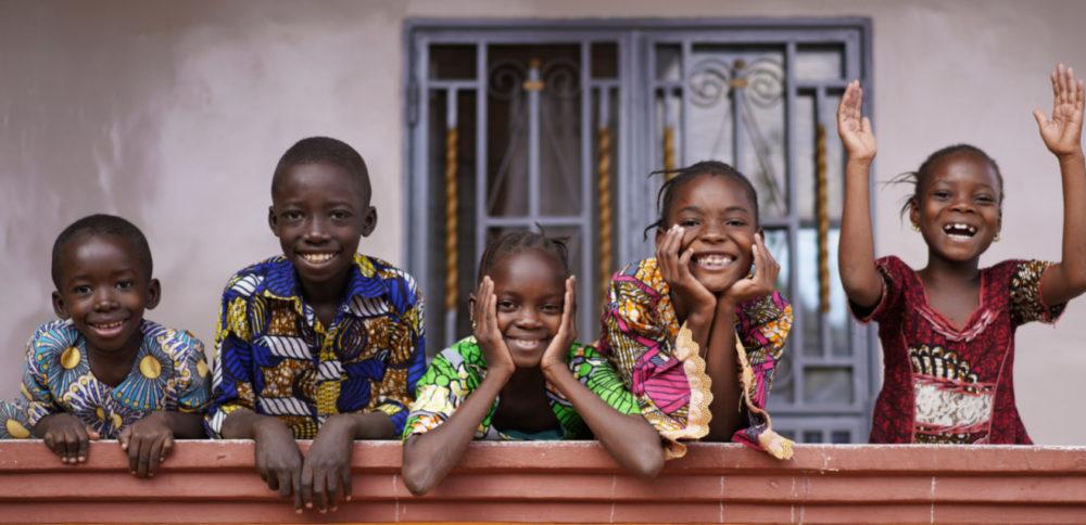 スピルリナで身長が伸びたアフリカの子どもたち